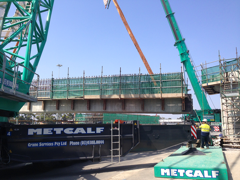 Metcalf Crane Services – PROVIDING THE SKILLS AND THE