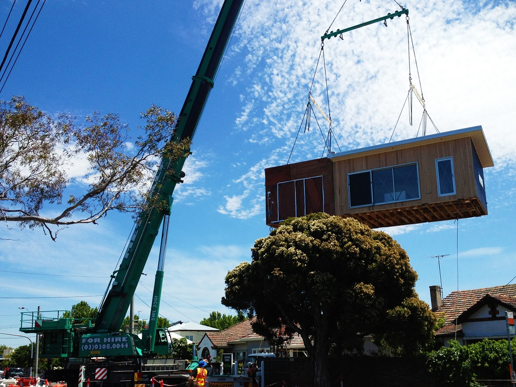 building-mobile-crane-hire-melbourne